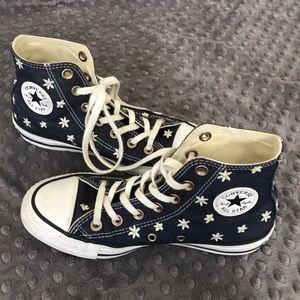 Adorable Converse!